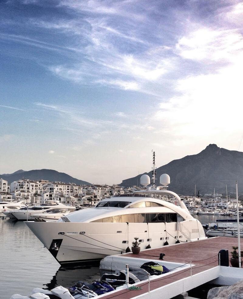 Marbella - Puerto Banus, motor boat and yacht charters